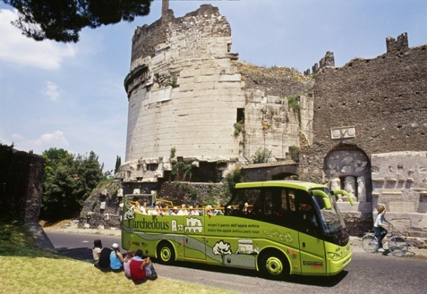 archeous Bus appian way 600x413 Hop On/Hop Off Buses in Rome