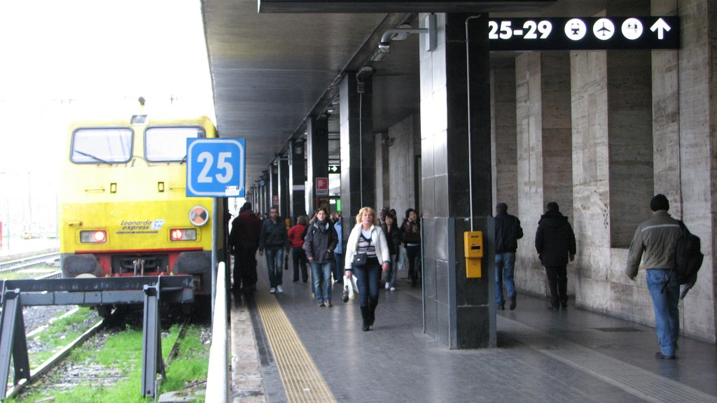 IMG 3547 1024x576 Arriving by Train   Roma Termini