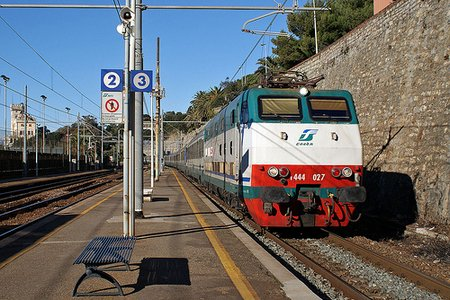 3113022743 7bb1c6ba091 Riding the Trains in Italy