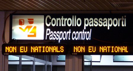 http://www.roninrome.com/wp-content/uploads/2009/03/fiumicino3.jpg