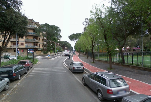 Marker 4 Aqueduct Park in Rome