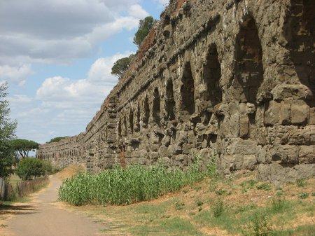 img 22891 Aqueduct Park in Rome
