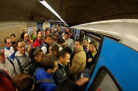 crowdsatbline The Metro in Rome
