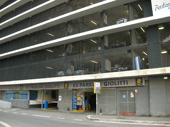 Giolittiparkingbedandbreakfastemanuela.it thumb1 Parking in Rome!