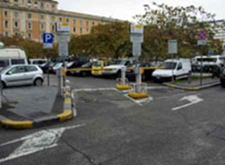 LazioRomaTerminiGrandiStazioni 202x148 1 thumb Parking in Rome!