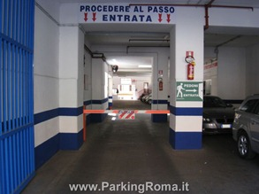 pTuscolo2 thumb1 Parking in Rome!