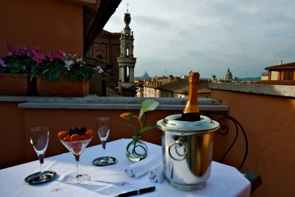 33Hotel Concordia02 600x400 Rooftop Bars and Restaurants in Rome