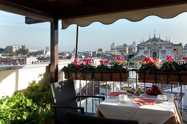 35Colonna Palace05 625x416 Rooftop Bars and Restaurants in Rome