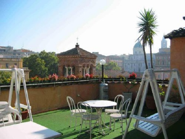 69 Roof Terrace at Hotel Viminale02 Rooftop Bars and Restaurants in Rome