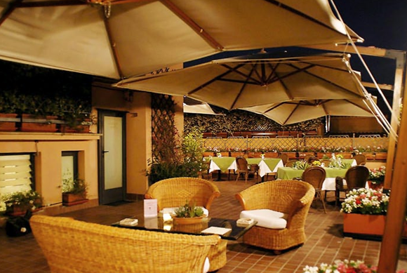 7 Tancredi Roof Garden01 Rooftop Bars and Restaurants in Rome