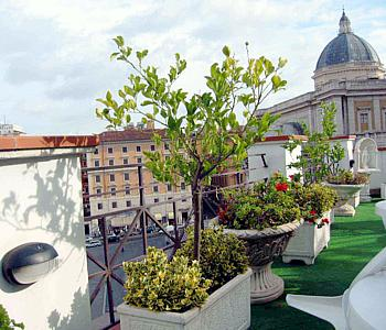 70 Roof Terrace at Hotel Gallia02 Rooftop Bars and Restaurants in Rome
