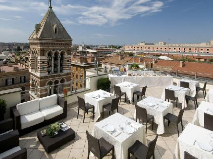 71 Roof Garden – La Griffe Hotel01 Rooftop Bars and Restaurants in Rome