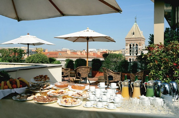 73 Roof Terrace at Hotel Artemide01 Rooftop Bars and Restaurants in Rome