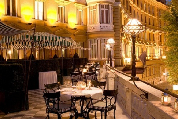 8 Ristorante La Mantia01 Rooftop Bars and Restaurants in Rome