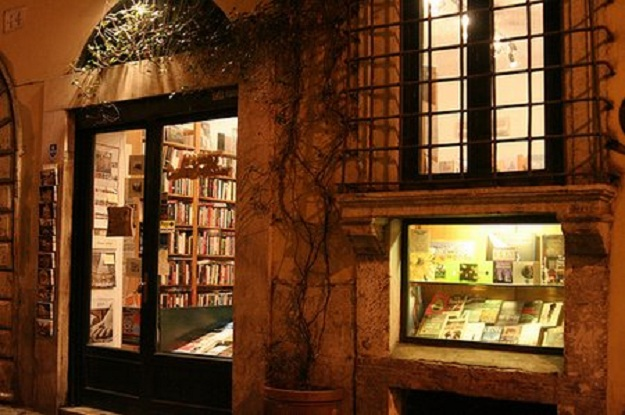 Book1 English Bookstores in Rome