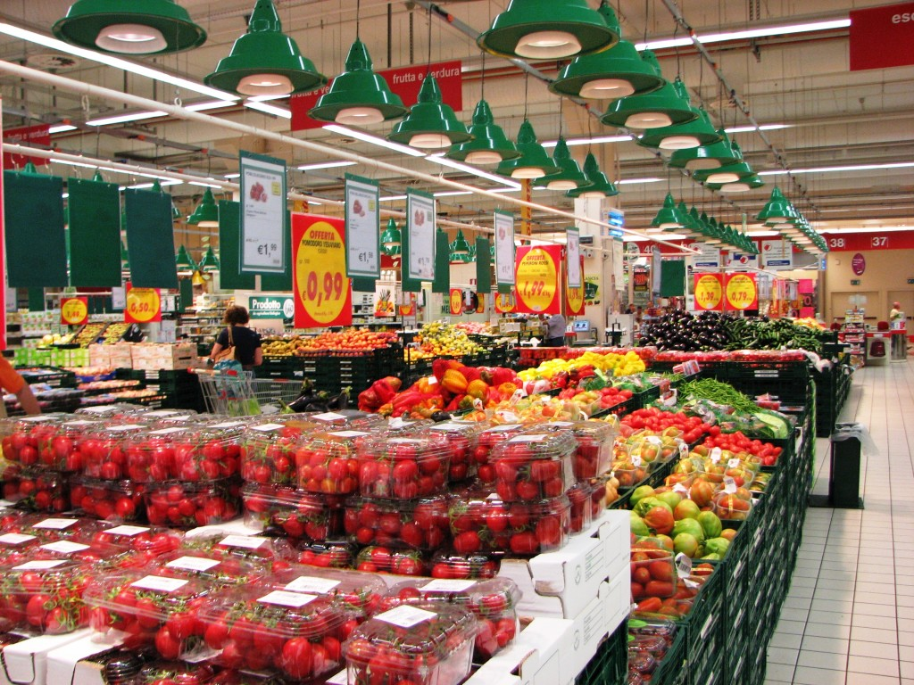 IMG 0325 Auchan 5 Produce 1024x768 Grocery Stores in Rome
