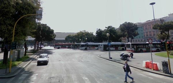 64p.zastaziones.pietro1TerminiPhoto01 thumb Bus 64 to Piazza Stazione San Pietro