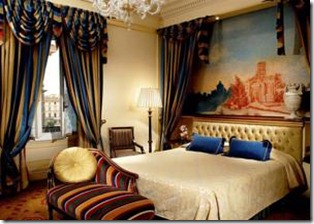 st. regis 1 thumb Hotels and B&B's near Roma Termini